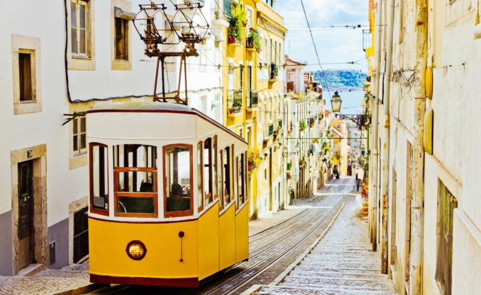 Voyage solo Lisbonne entre célibataires