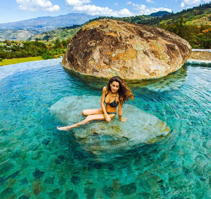 Se détendre dans des eaux thermales   © Hacienda Orosi