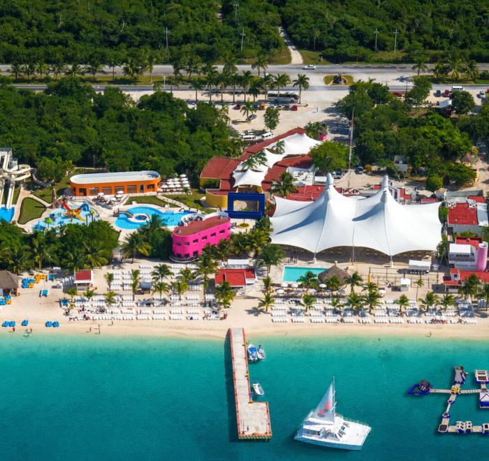 Playa Mia Water Park | © rep.playamia.com