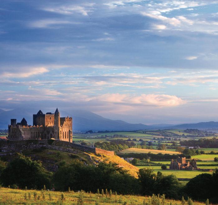 Rocher de Cashel   © Tourism Ireland, Brian Morrison