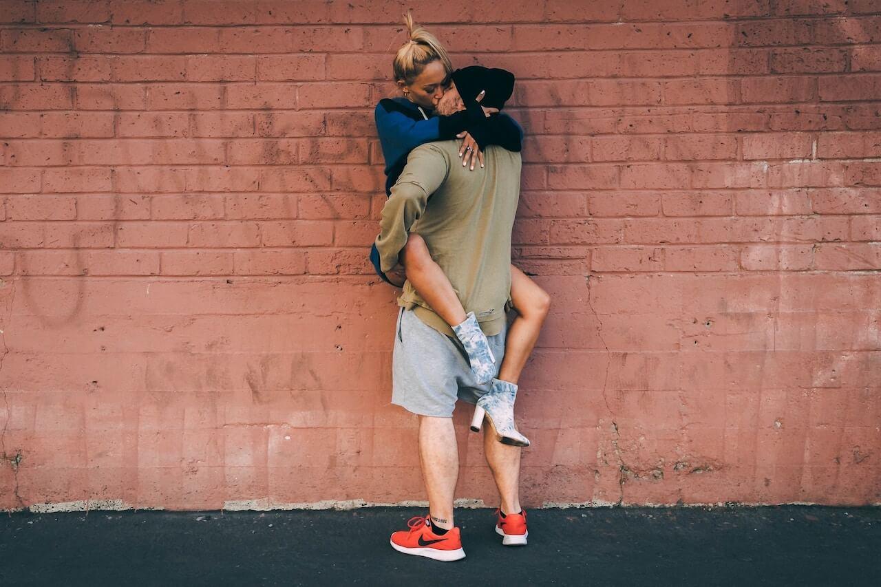 Comment trouver l'amour : En venir au sexe dès que possible